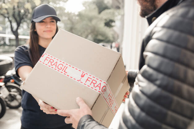 Cheap Fine Art Interstate Removalists delivering fragile items